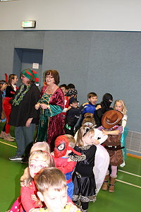 "Bild ""28_Chronik_18_19:karneval14th.jpg"""